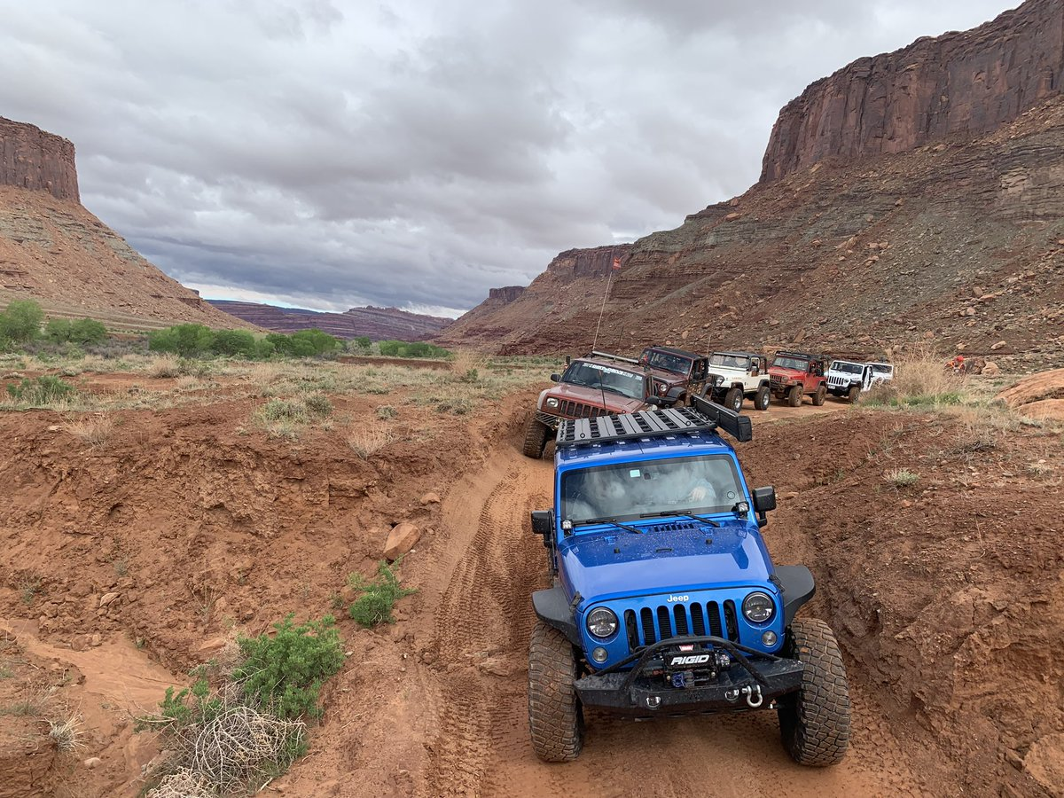 Our trail ride on #kanecreek with @bfgoodrichtires at #easterjeepsafari started tamely, but things escalated quickly. Great #Offroad trail with a variety of conditions to really show the capabilities of new #KM3 mid-terrain tires. #builtonbfg #ejs2019<br>http://pic.twitter.com/lhUKFH2WUN
