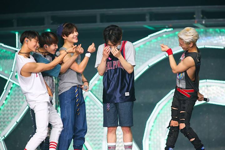 this is my absolute fav pic of shinee <br>http://pic.twitter.com/ZoGZw1TAuh