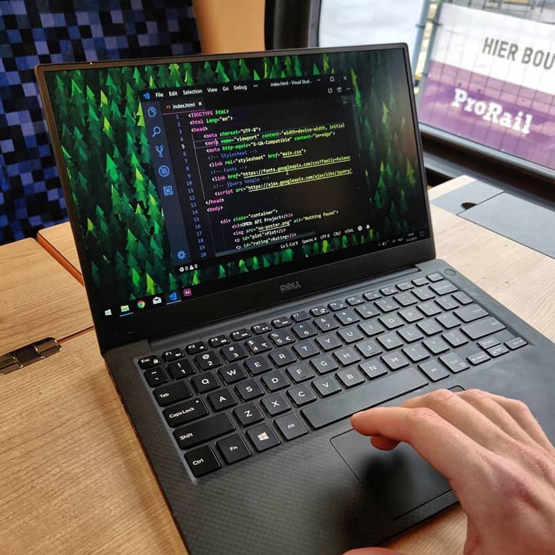 Programming is the art of algorithm design and the craft of debugging errant code. #javascript #programming #programmingError #javascript30 #100DaysOfCode