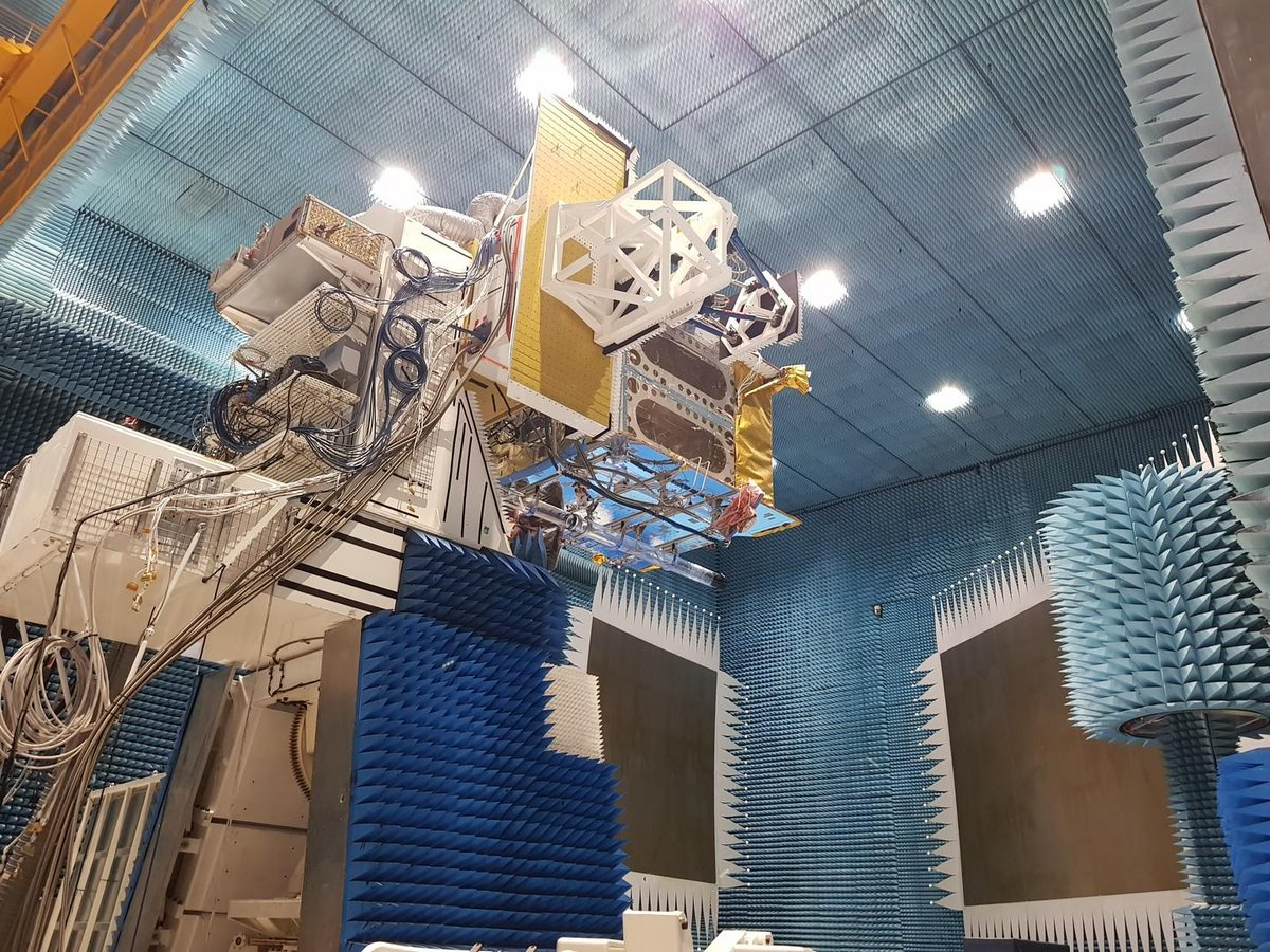 .@Eutelsat_SA #Quantum, the 'chameleon' satellite, so called because it is the first European satellite capable of being completely reprogrammed after launch, has completed its first round of payload testing at @AirbusSpace in Toulouse.  Read more: http://www.esa.int/Our_Activities/Telecommunications_Integrated_Applications/Chameleon_satellite_enters_antenna_testing_stage…