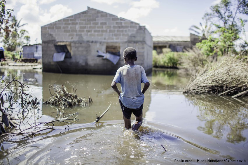 One month since the devastating #CycloneIdai hit, together with our local partner organizations in #Mozambique, we are still finding thousands of isolated people cut off from any aid or rescue.   They need your help: http://oxf.am/cyclone-idai