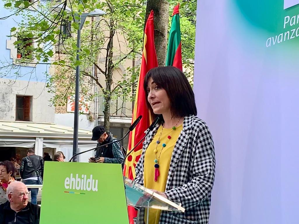 🔴Idurre Bideguren en #Lekeitio: «La prioridad es responder a los intereses y a las necesidades de la ciudadanía. Lo hacemos en todas las instituciones: escuchar, priorizar intereses y necesidades, tomar medidas concretas. Así será también en Madrid»  👉 #28A #ParaAvanzar