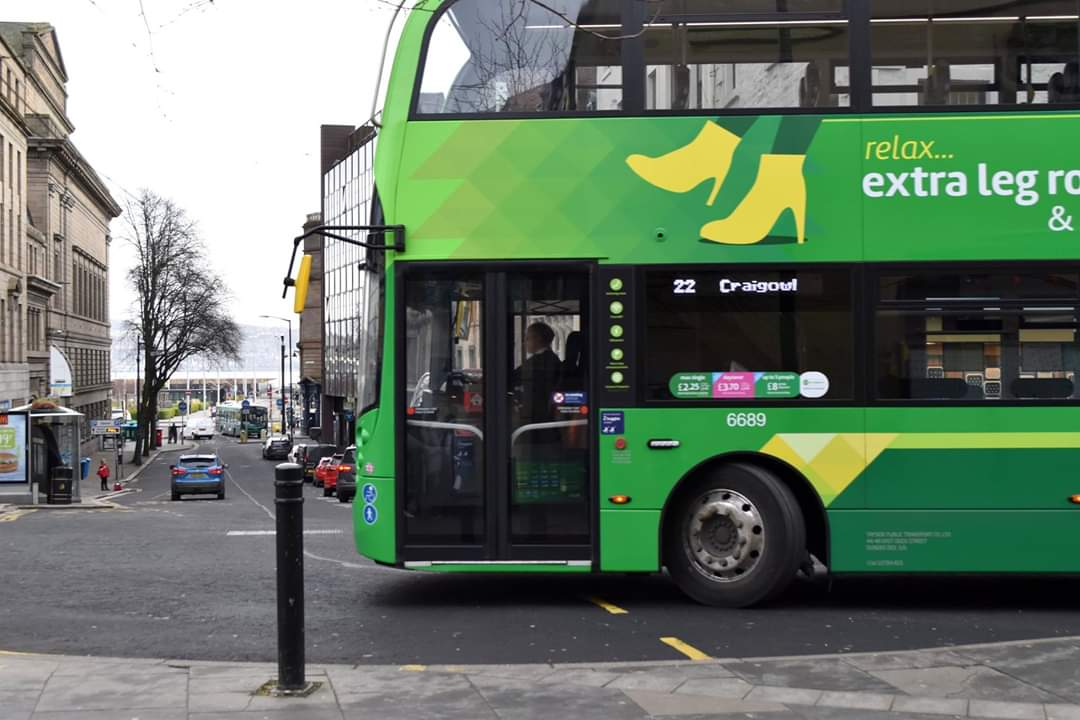 🌍 One of our Emerald buses will be on display at Camperdown Park for the family fun-day this Easter Sunday.  These are high-spec, low-emission vehicles which are the jewel in Dundee's crown as a cleaner, greener city. We'd love to tell you more about them, so come say hey!