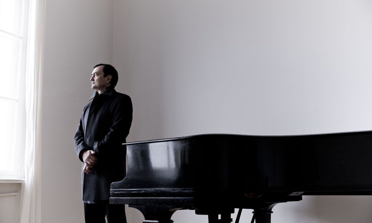 How to keep the passion alive. 🔥  http://bit.ly/PierreLaurentAimard-interview …  The pianist Pierre-Laurent Aimard has a profound respect for works & diverse forms of musical thought. In order to keep his passion alive, he's concentrating on Bach's Goldberg Variations.