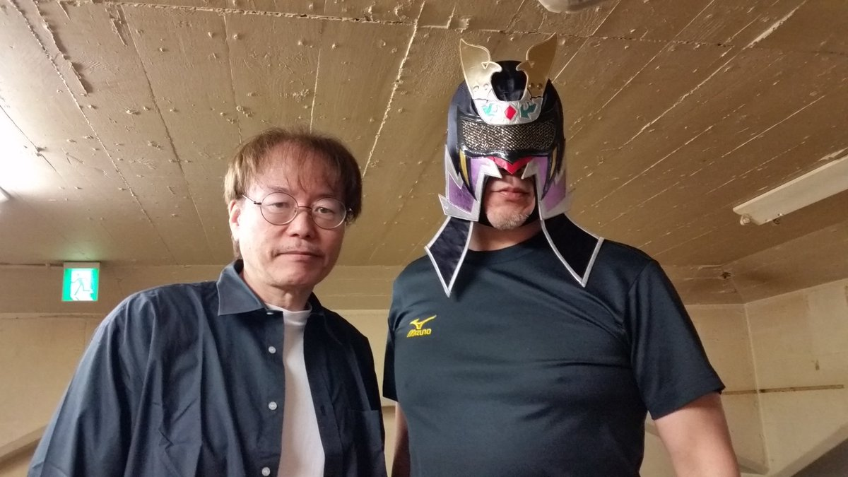 RT @sportiva07: お二人到着です!  #エル・サムライ  #田中ケロ #誕生日 #新日本プロレス #njpw https://t.co/SdbKg9kdO4