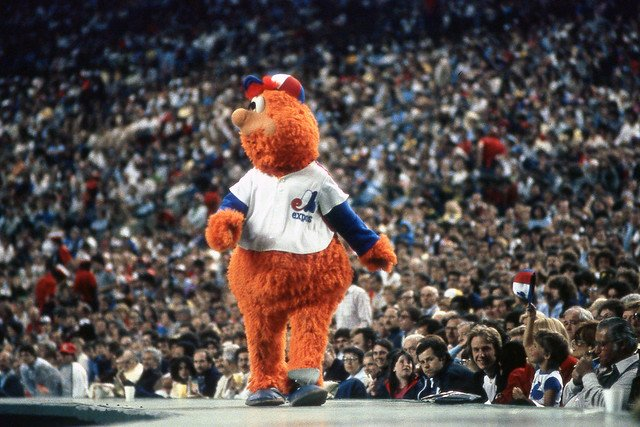 New @SABRGames story: 30 years ago, the @Montreal_Expos and @Dodgers squared off for an epic game that featured 22 innings, 33 hits, just one run — and a mascot ejection! @ArVaFan55 has the details: https://sabr.org/gamesproj/game/august-23-1989-expos-dodgers-22-innings-33-hits-youppi-mascot-ejection… #SABR