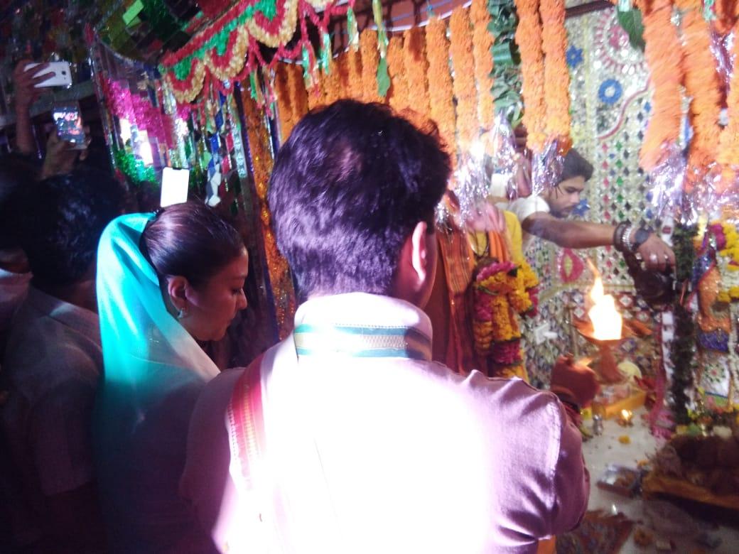 हनुमान जयंती के पावन पर्व पर शिवपुरी शहर के मंशापूर्ण हनुमान मंदिर पहुंचकर पूजा अर्चना कर देश व प्रदेशवासियों की सुख-समृद्धि की कामना की।