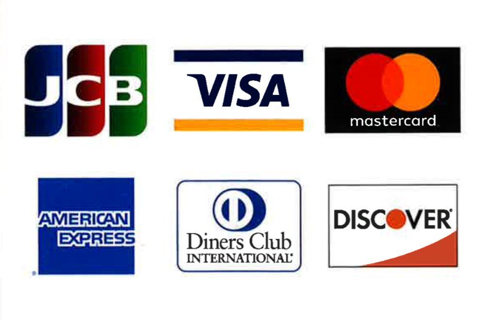 お支払いは、現金またはクレジットカードがご利用いただけます。※カードでのお支払いは¥10,000以上お買い上げの方のみ、またご利用回数は「一括払い」のみとなります。カード利用可能なレジが限られておりますので混雑する可能性もございます。予めご了承ください。▼ご利用可能なクレジット