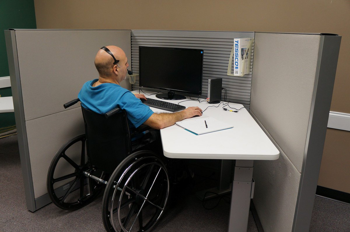 📢Only 9% of people with #disabilities are employed in Serbia.  That's why we trained candidates for a new profession – 🔹Job Couches for Supported Employment🔹who will help #PwDs find & stay in their jobs.  Learn more at: http://bit.ly/2DkaFAh (in Serbian) #LeaveNoOneBehind