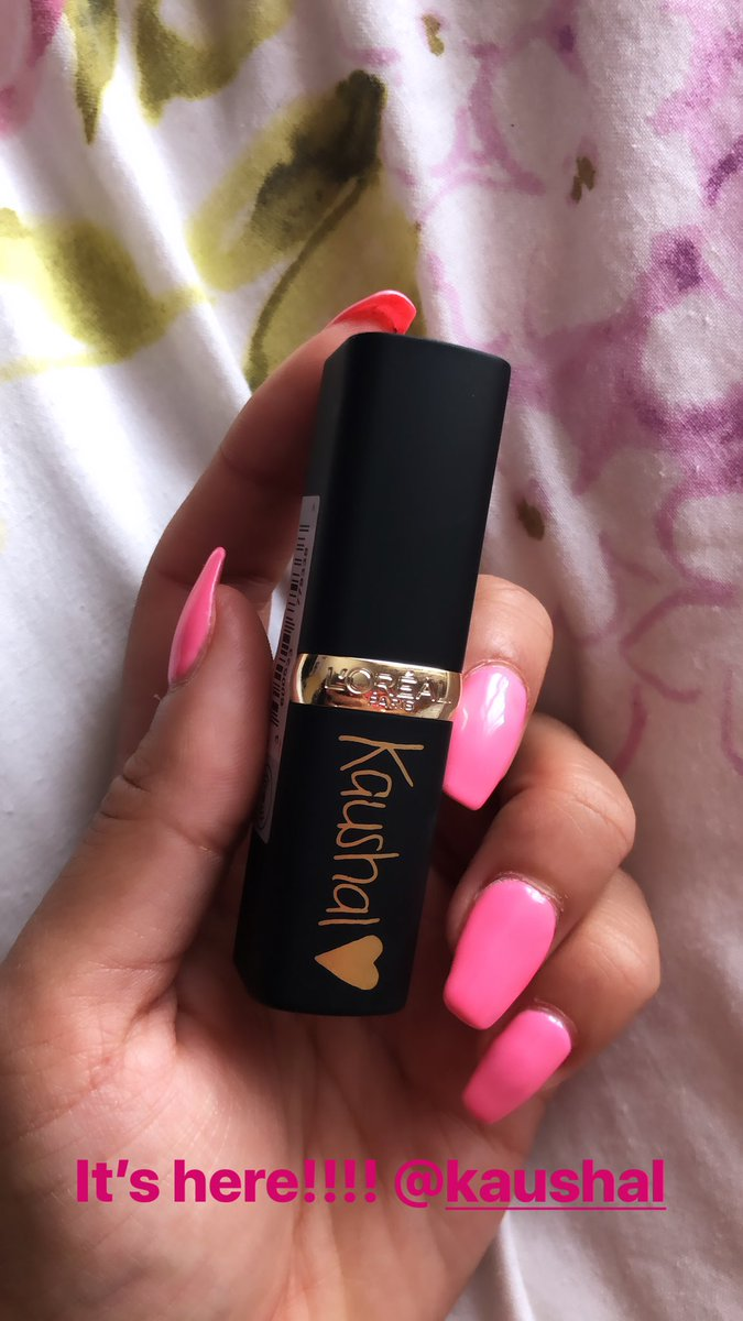 It's finally arrived!!! Everyone was getting there's and I was getting so impatient but it's here!! Just in time for the wedding events tomorrow! @KaushalBeauty congratulations!! 💛
