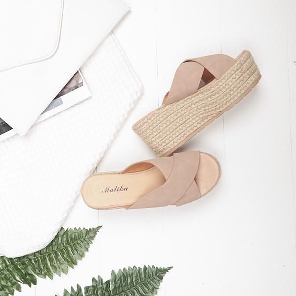 Πλατφόρμες Καστόρ με Σχοινί 🌸 Διαθέσιμες σε 4 χρώματα !!  Shop Now >> https://t.co/QszOGitd6d  Κωδ.: 22887 // 33.99€  #luigigirl #luigi_footwear #luigi_studio #luigi #outfit #fashion #outfitoftheday #instagood #fashionista #stylish #shopping #instastyle https://t.co/12c66jYsiU