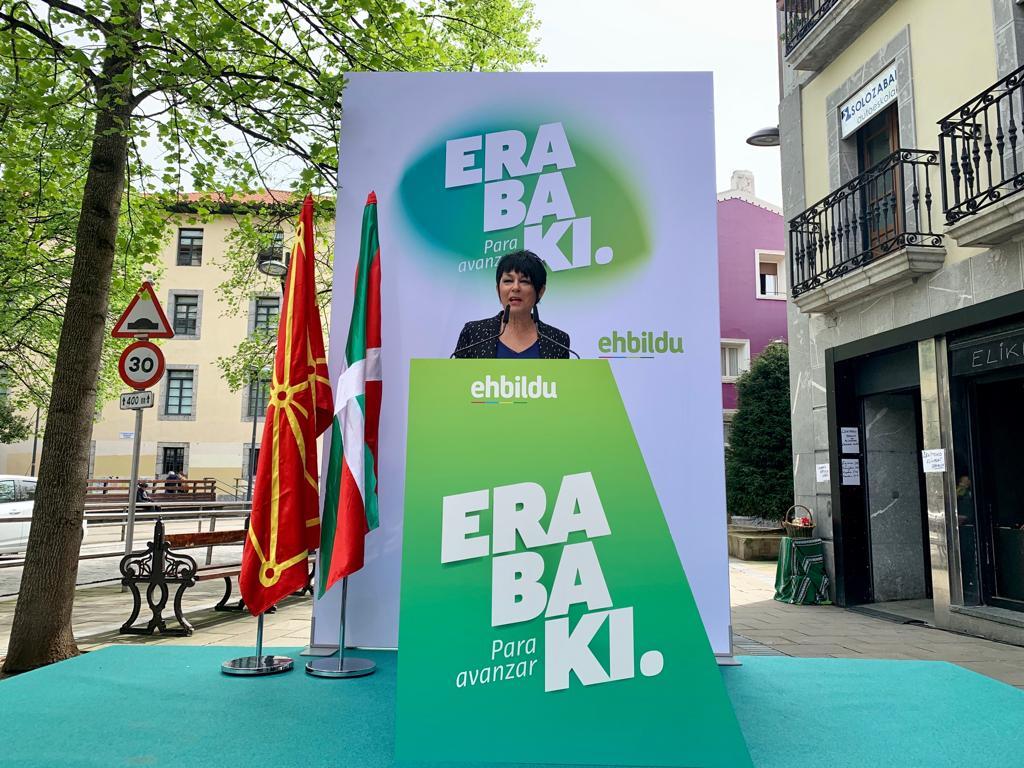 🔴@MaddalenIriarte #Lekeition: «EH Bilduk emandako hitza betetzen du, fidagarria da. Esaten badugu Madrilen izango dugun izaera erabakigarria euskal herritarren lan eta bizi baldintzak hobetzeko erabiliko dugula, hala izango da».   👉 #28A #Erabaki #ParaAvanzar