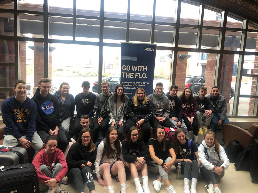 CCHS students are on their way to Ireland! 🍀🍀🍀🍀