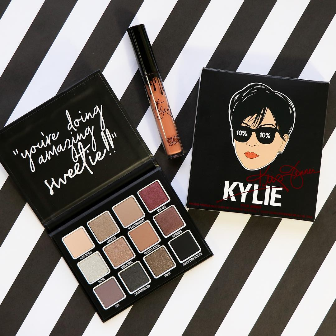 Exclusive to @ultabeauty!! The @KrisJenner Gift Set launches in all stores this Sunday! $49 for the Kris palette and Todd Kraines velvet lip liquid lipstick... the perfect gift for #MothersDay (or to treat yourself!) <br>http://pic.twitter.com/aJr3oei7be
