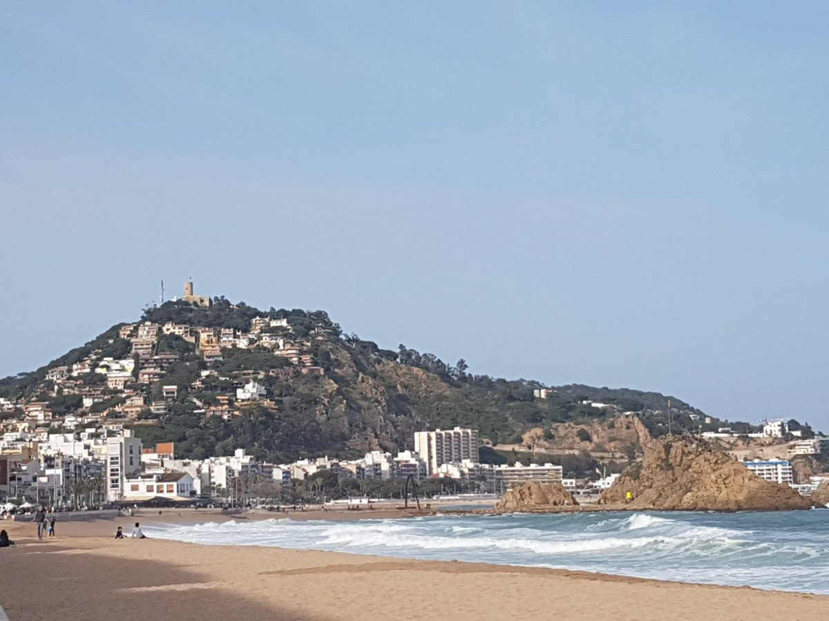 So here I am in Blanes 1st time @Blanesturisme @spain #FelizViernes #goodfriday <br>http://pic.twitter.com/uiqWiaOfbb