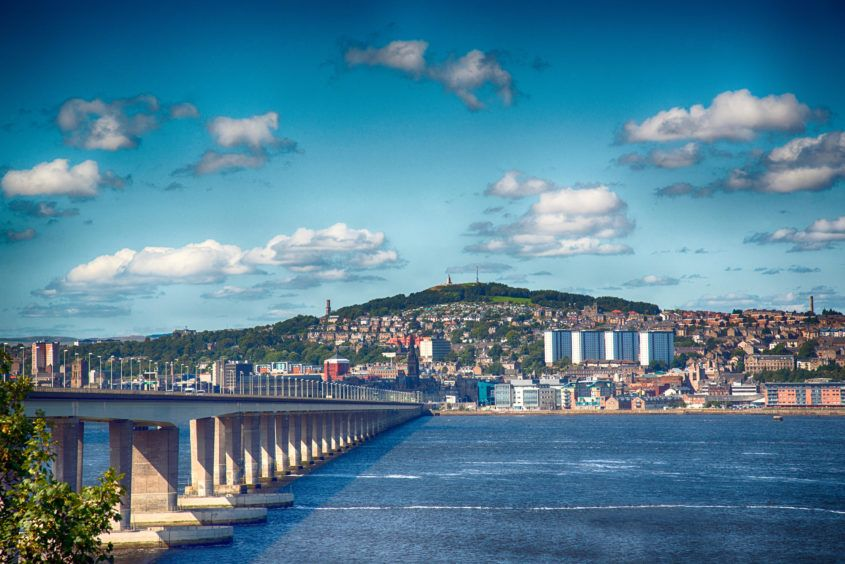 Travel: Find elegance and art in Dundee, the city of discoveries https://buff.ly/2Zn8Eg0