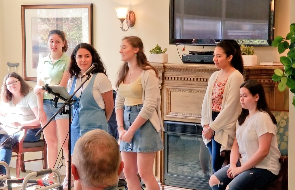 The Thespians presented a showcase at Brookdale Senior Living this past Saturday. Thank you to all who were involved. This was a wonderful outreach organized by the students. <a target='_blank' href='https://t.co/0GPUUTwVin'>https://t.co/0GPUUTwVin</a>