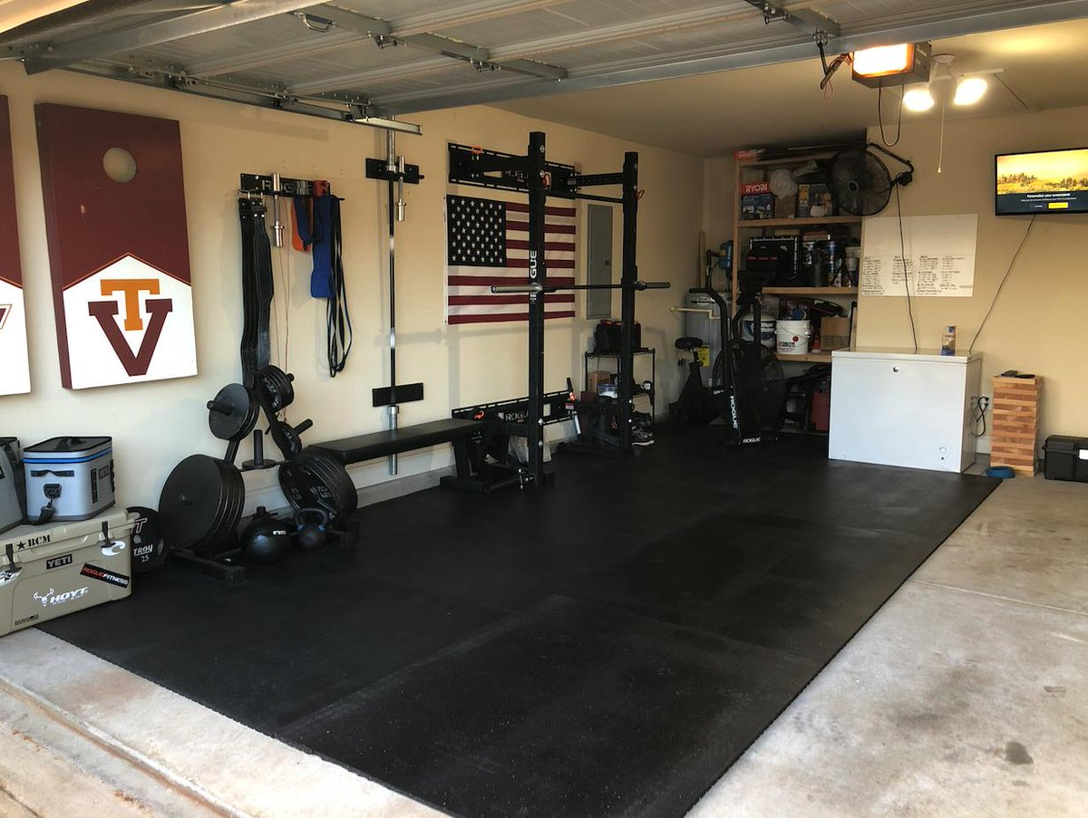Garage gym courtesy of paul bratton build your dream garage gym with