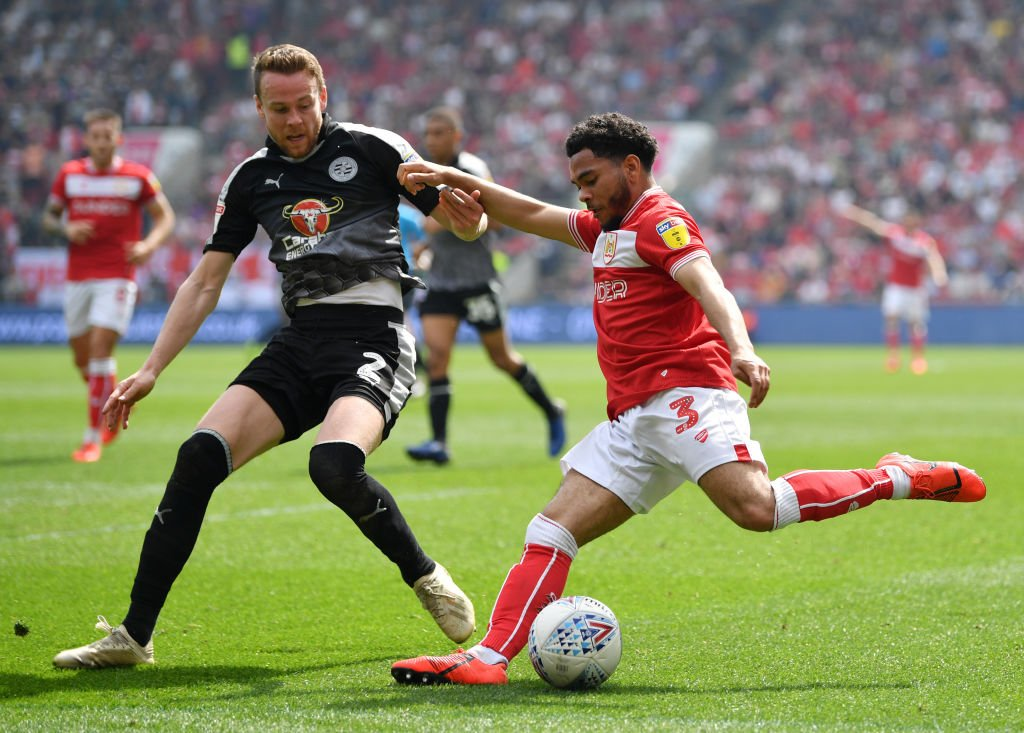 Bristol City's play-off hopes have been dealt a blow by Reading.  Report: https://bbc.in/2ZnEJ7m   #BristolCity #ReadingFC #EFL