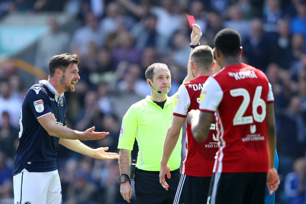 Millwall failed to beat 10-man Brentford to remain in Championship relegation trouble.  Report: https://bbc.in/2UrZhb5   #Millwall #Brentford