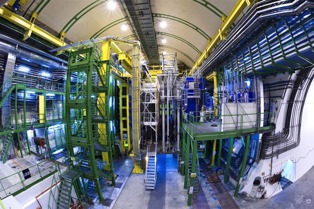 #LosAngeles #Hollywood (World's Largest Atom Smasher May Have Just Found Evidence for Why Our Universe Exists) https://rr-magazine.com/2019/03/22/worlds-largest-atom-smasher-may-have-just-found-evidence-for-why-our-universe-exists/…