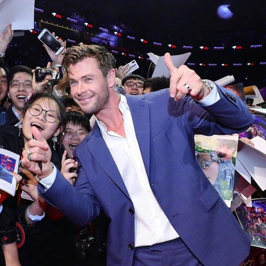 Thank you China, we wouldn't be here without your support. It's been a blast. Off to LA now for the world premiere of @avengers. It's been an intense whirlwind tour but the most memorable yet. Running on pure adrenaline and excitement now.