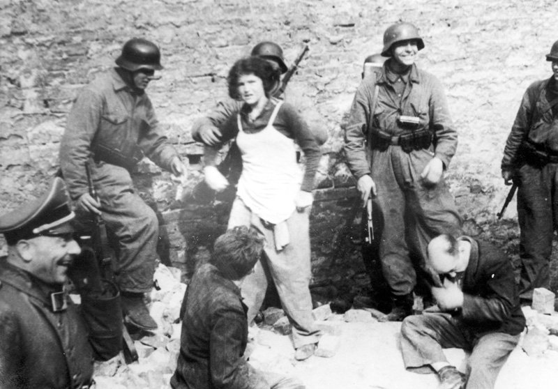 #PhotoFriday My lifes dream has become a reality. I have seen the Jewish defense of the ghetto in all its strength & glory. -Mordechai Anielewicz. #OTD 19 April 1943 The Warsaw Ghetto Uprising began. View the photos below, and learn more here ow.ly/542C50qhfeJ