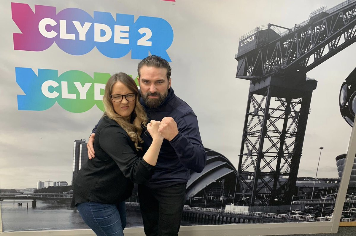 Clyde 2 Dating