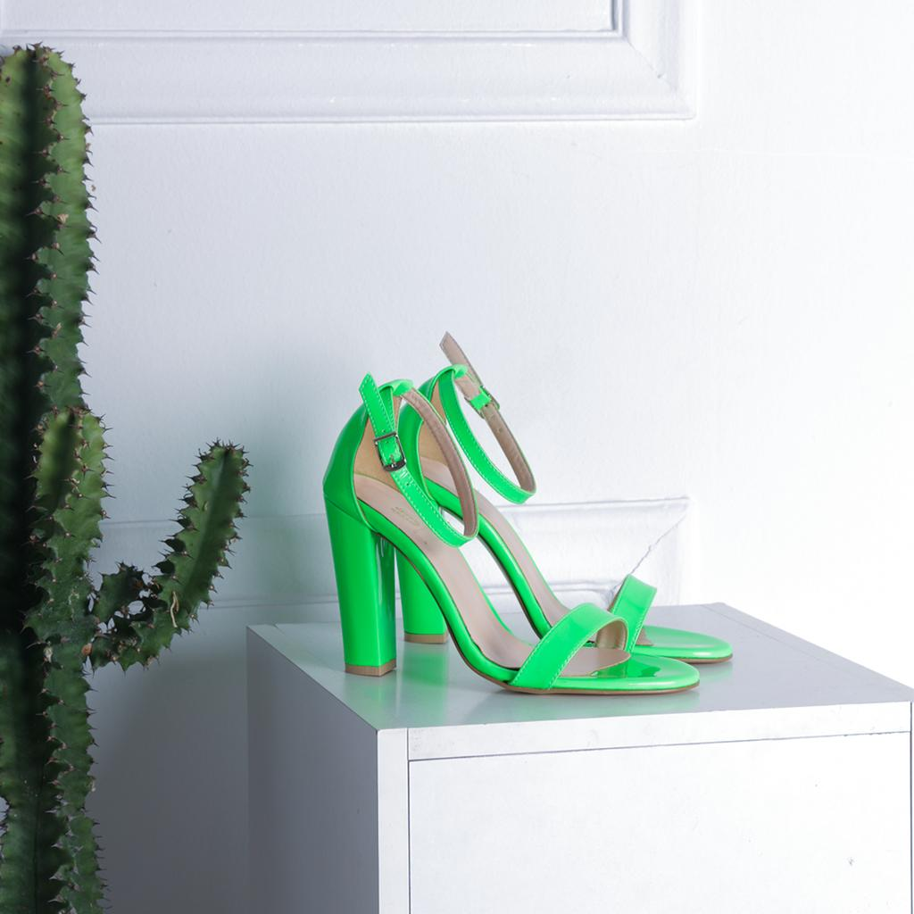 What to wear tonight? Neon, neon and more neon girls 🍏 Shop Now >> https://t.co/QszOGitd6d 🚚 Δωρεάν Αποστολή & Αλλαγή   Κωδ.: https://t.co/1r0clPjGof //  49.99€  #shoestagram #shoelover #styles #instashoes #girl #fashionista #shoeaddict #sandals #neon #color https://t.co/hEedGW4CX9