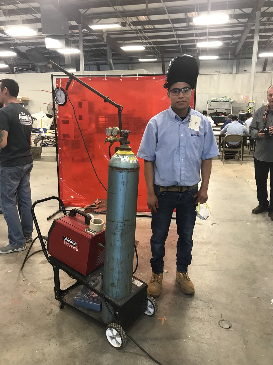 RT <a target='_blank' href='http://twitter.com/ACC_Collision'>@ACC_Collision</a>: Welding station is one of the Collision Repair competition <a target='_blank' href='http://search.twitter.com/search?q=ACCskills'><a target='_blank' href='https://twitter.com/hashtag/ACCskills?src=hash'>#ACCskills</a></a> <a target='_blank' href='http://twitter.com/SkillsUSAVA'>@SkillsUSAVA</a> <a target='_blank' href='http://twitter.com/ACCHilt_Inst'>@ACCHilt_Inst</a> <a target='_blank' href='https://t.co/4otoCiStxu'>https://t.co/4otoCiStxu</a>