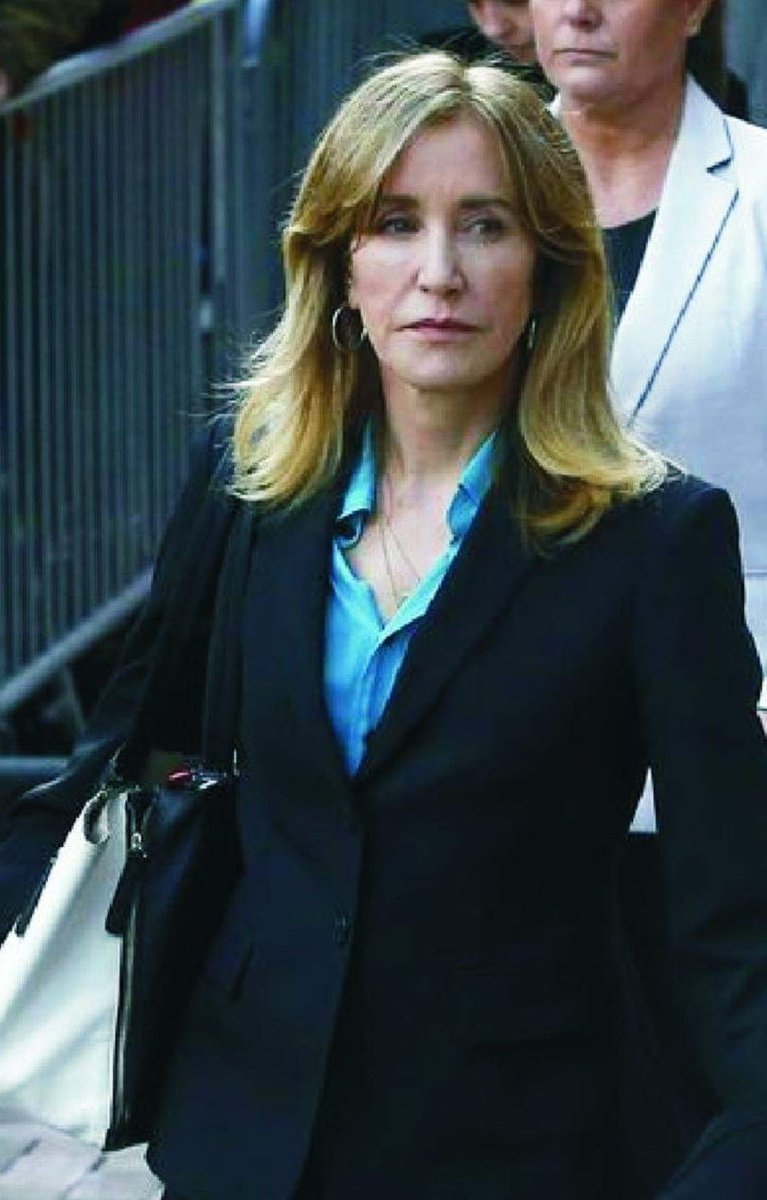 Feds will seek 4 months jail time for Felicity Huffman for bribing her daughter into college  Tanya McDowell got 12 yrs for sending her son to the wrong school district & Kelley Williams-Bolar got 3 years $30k fine for sending her daughter to the wrong school district.  Retweet!