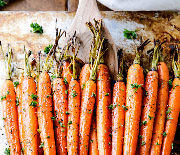 Looking for some healthy holiday meal ideas? As Passover and Easter weekend approaches, here are some healthy plant-based additions to your dinner table! Via @greenblender  http://ow.ly/Bw4G30otpcf