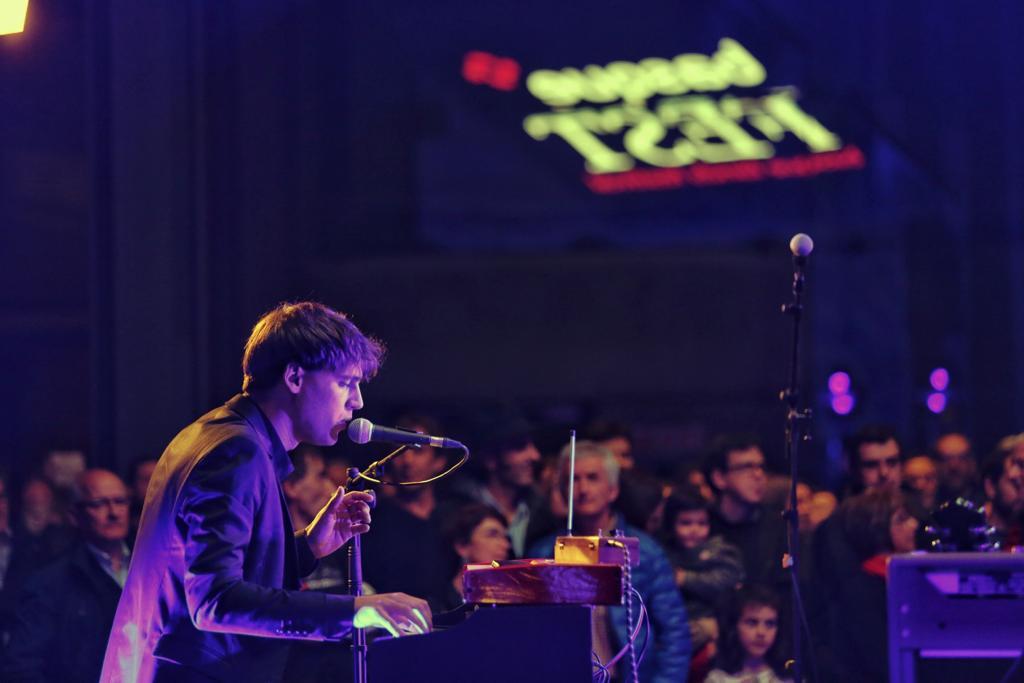 .@AudienceMusic sonando en @AzkunaZentroa 🎤 Aupa #musika! Aupa #basqueFEST!