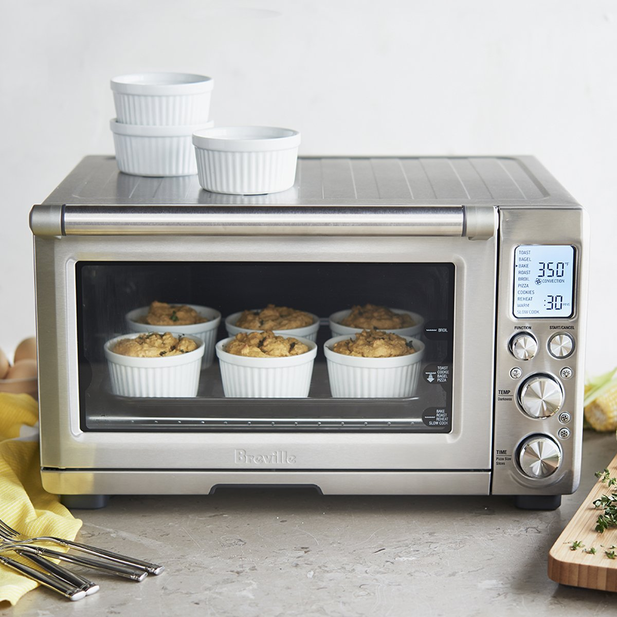 The @BrevilleUSA sale starts today. Put innovation on your countertop and save up to 50% off: https://t.co/UBiY0LeQpc https://t.co/EbmtbYAkU0