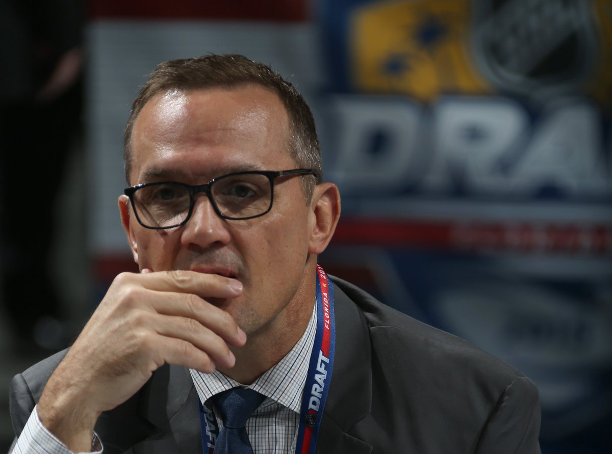 Detroit #RedWings Governor, President and CEO Christopher Ilitch today announced that Steve Yzerman has been named Executive VP & GM responsible for all hockey operations and that Ken Holland has been promoted to Senior VP and will serve as a senior advisor to hockey operations.