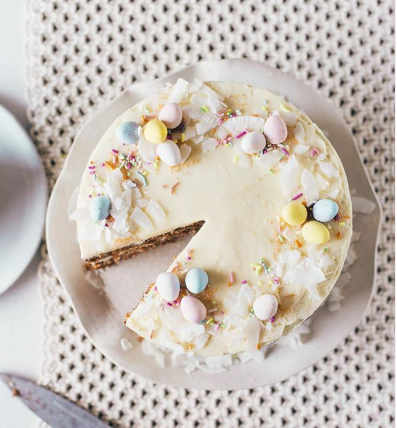 Happy Easter! We hope your homes are bursting with joy, love, and chocolate eggs. What sweet treats are you enjoying today? @Oliveandartisan https://t.co/D5xtFKB4is