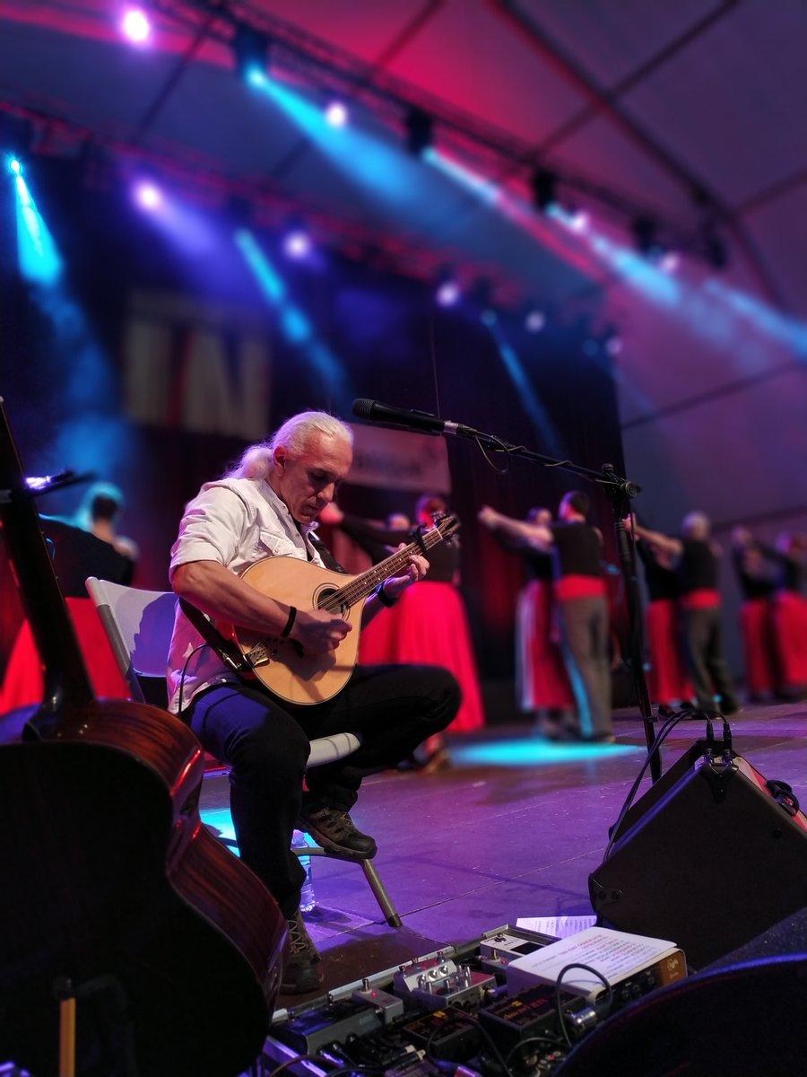 Aupa #musika!  🎤 ¡La banda de música folk @Korrontzi no viene sola a #basqueFEST!   📌 Plaza Nueva #Bilbao
