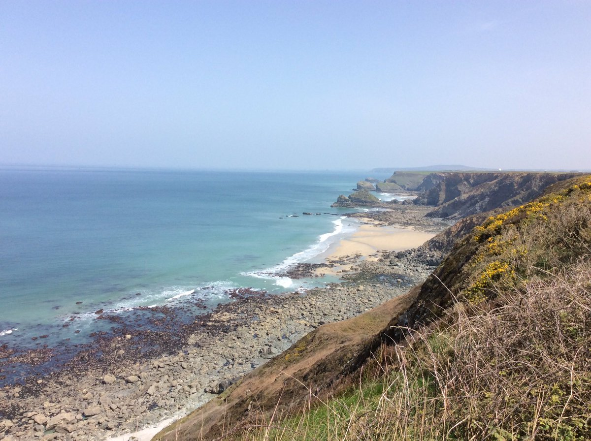 Stunning area today, the North Cliffs between Portreath &amp; Godrevy on the North Coast of #Cornwall..#AidanCrew <br>http://pic.twitter.com/eAOlHsgdes
