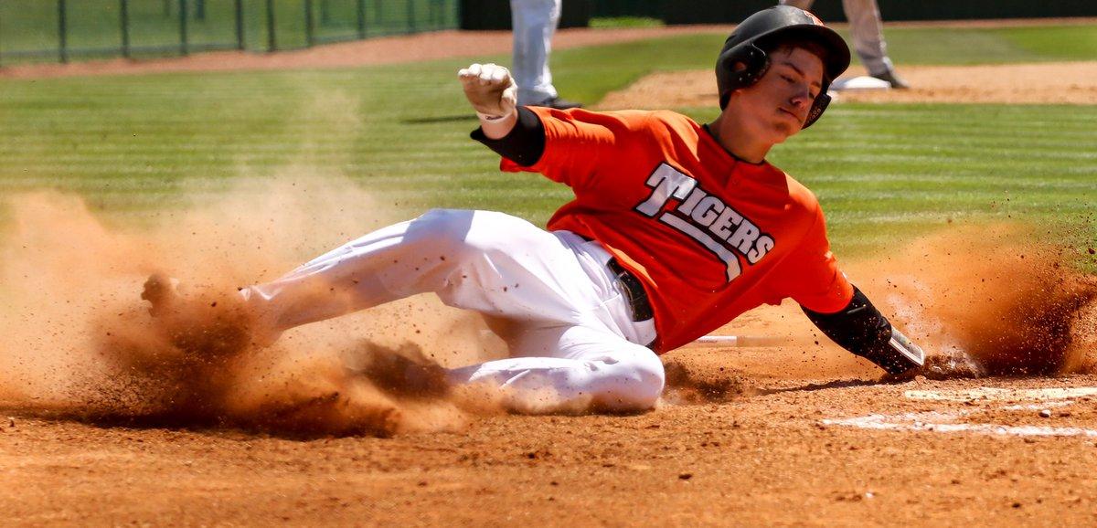 Tigers Baseball - April 19, 2019 in Texarkana, Texas. #Texarkana #Texas #Sport #Baseball #photography #photojournalism