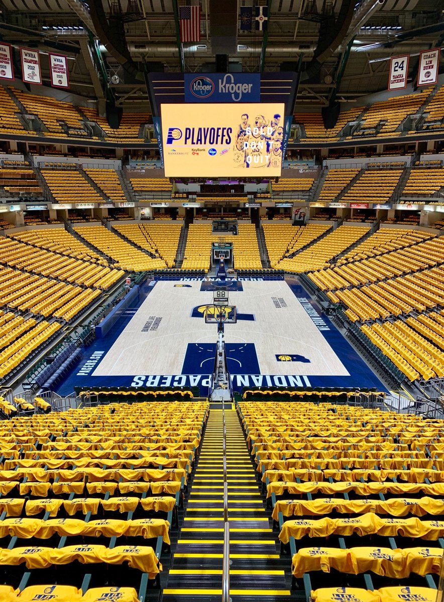 We got the GOLD out @TheFieldhouse for our fans tonight #NBAPlayoffs #GoldDontQuit #CJ6 https://t.co/YtPd2CWnUE
