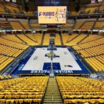 We got the GOLD out @TheFieldhouse for our fans tonight #NBAPlayoffs #GoldDontQuit #CJ6
