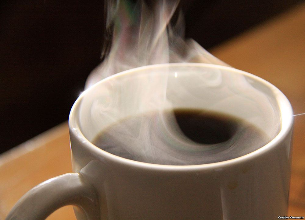 Coffee has multiple health benefits. Evidence suggests that coffee consumption plays a protective role in risk for multiple sclerosis (MS), #Alzheimers disease &amp; #Parkinsons disease, and may even prevent early mortality. Also blocks pathways involved in #inflammation.    #health<br>http://pic.twitter.com/UzkPXFOpmq