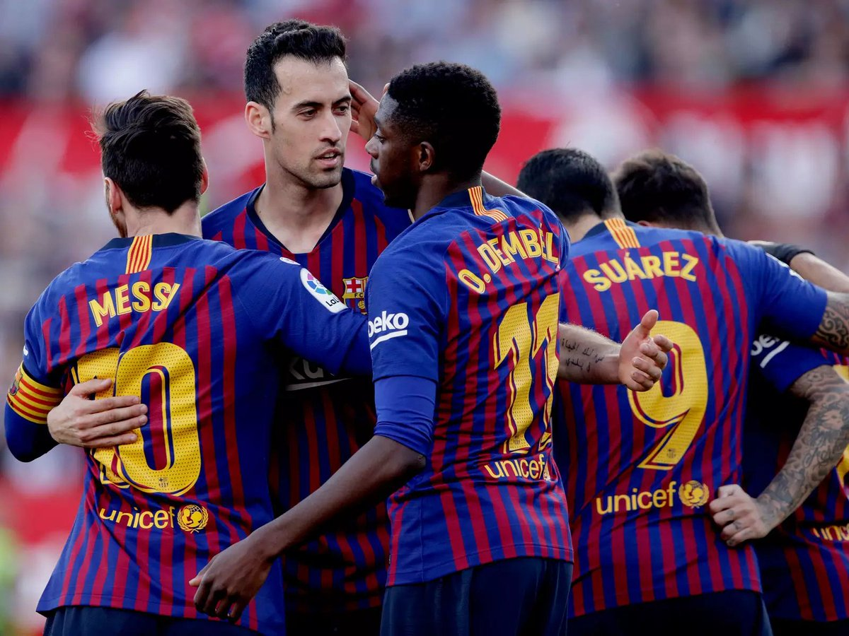 """Sergio Busquets: """"It's true, I'm in a position where I'm not always noticed. I don't score many goals or do much dribbling, but I still feel very much an important part of the team."""" [si]"""