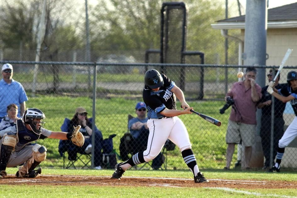 #EasternView's Jones looks out for No. 1 with home runs in win over #Culpeper: http://bit.ly/2GvTcGL #Baseball