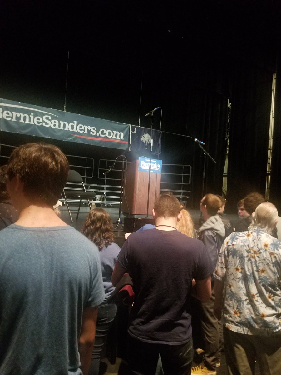 Will happily stand for hours just to see the man, the myth, and the legend! GOOO BERNIE!!  lets change the world for the better people! #BernieInSC #Bernie2020 #FeelTheBern #BernieOrBust<br>http://pic.twitter.com/usjXjCxOnn