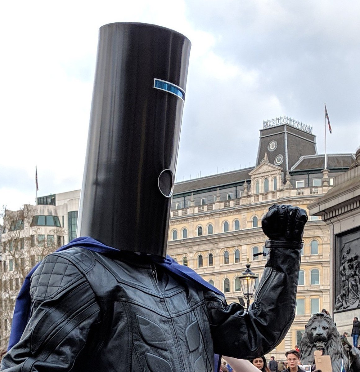 BREAKING NEWS: Since so many have begged me to run against Nigel Farage in the EU Parliament Election on 23 May, a clever Earthling set up this link for you to fund the cost of the pricey deposit. Will I agree to run if the goal is met?  MY ANSWER:  YES!   https://www.gofundme.com/lord-buckethead-vs-farage-in-the-eu-mep-elections …