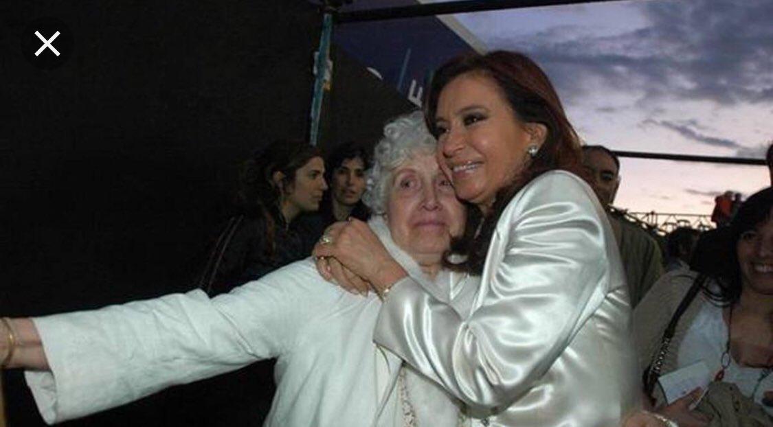 Cynthia García's photo on Italiano
