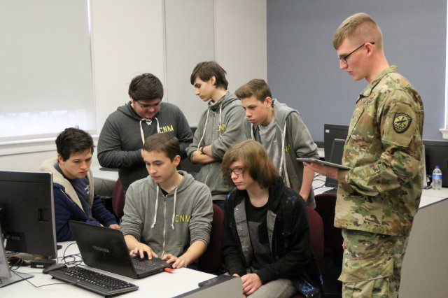 Have what it takes to hack a drone?   Learn more about the Drone Wars competition the #USArmy partnered with @BloomsburgU to host.  Find out more: https://go.usa.gov/xmreH  #ArmyTech