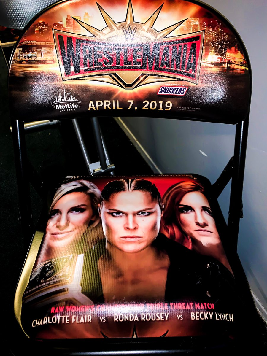 Created some custom Wrestlemania 35 chairs!  #becky2belts<br>http://pic.twitter.com/HbXSQ9r6Nu