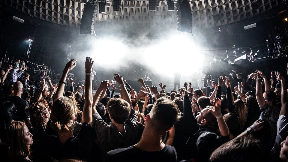 Pop marketing: https://www.lavanguardia.com/cultura/20120621/54315759994/como-venden-grupos-catalanes.html… #Catalonia #Analytics #BigData #Music #Pop #Rock #Jazz #Rock #RnB #SoulMusic #HouseMusic #HipHop #EDM #DanceMusic #Techno #Sampling #Vinyl #Marketing #Business